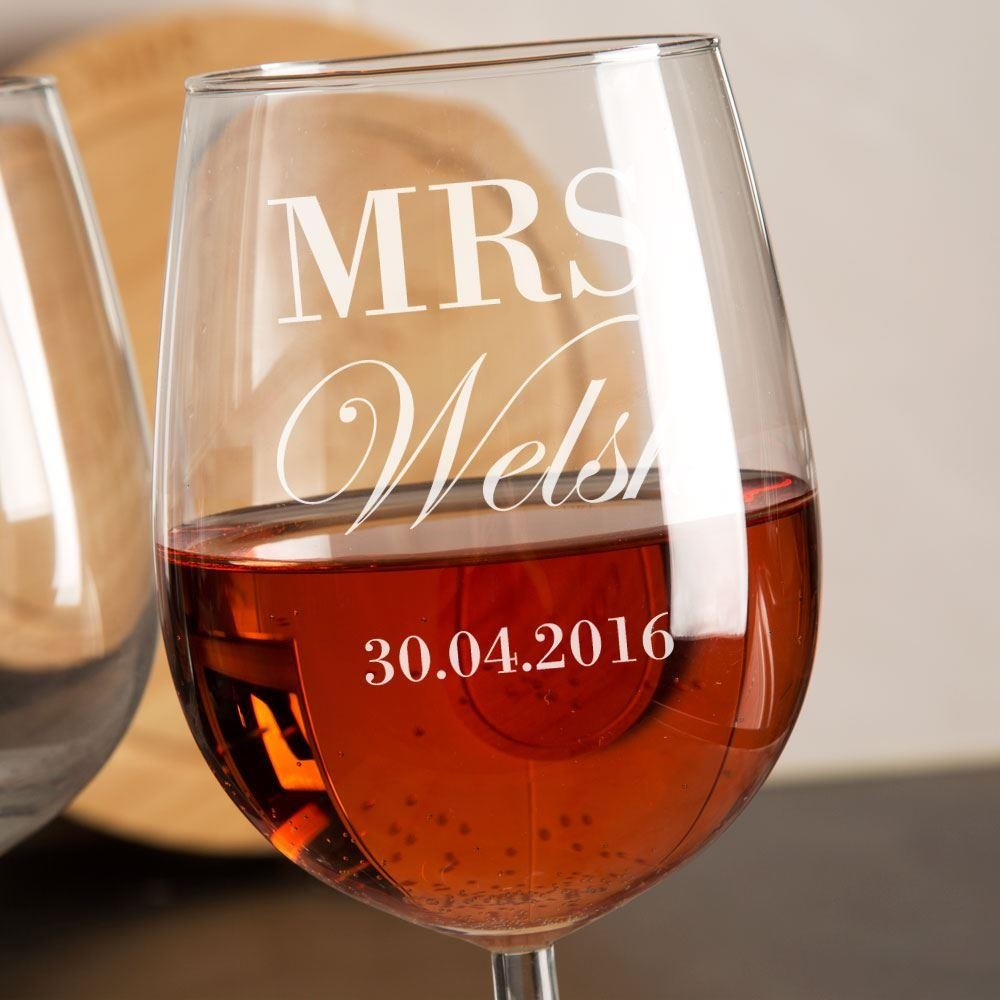 Mr & Mrs Personalised Wine Glass Set