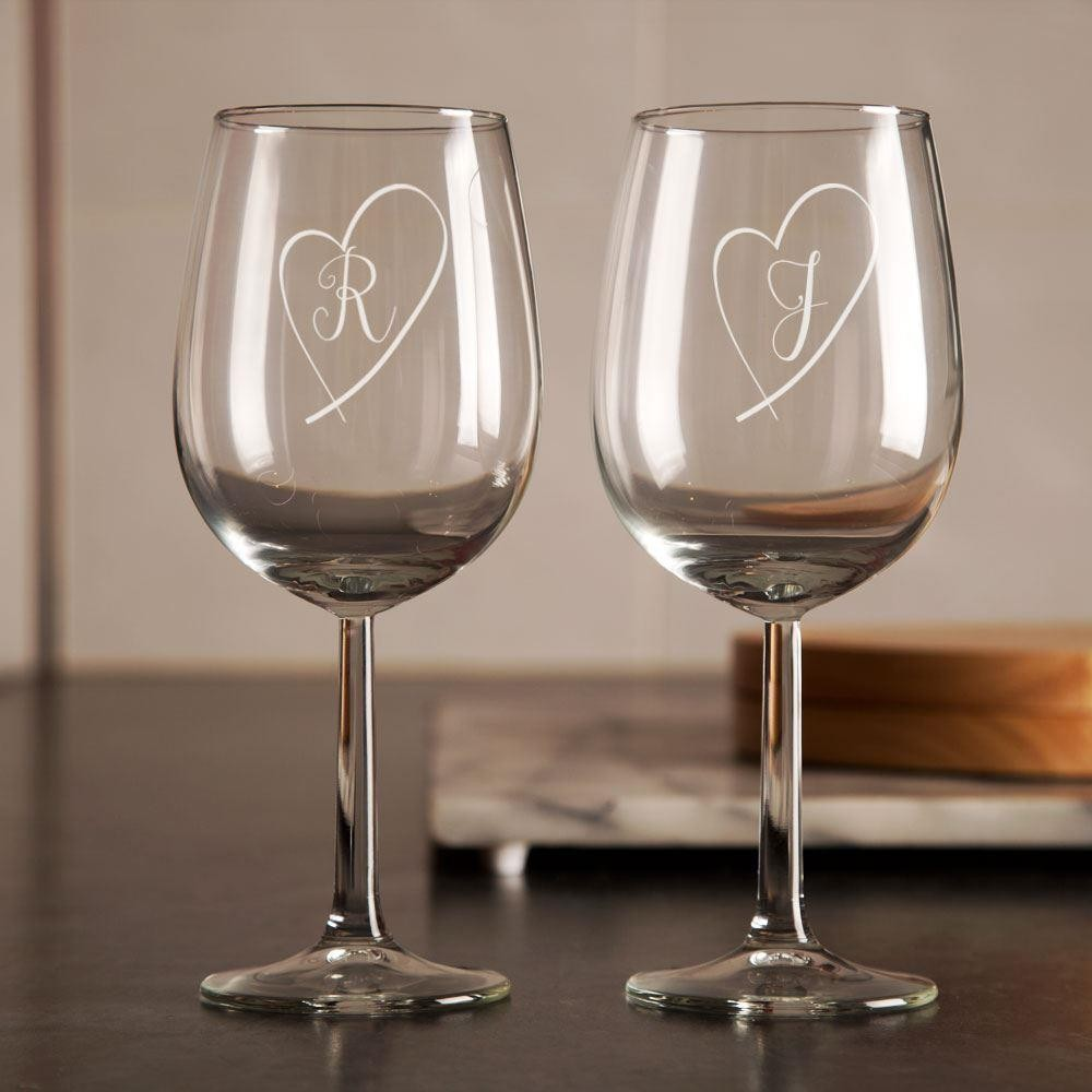 Personalised Love Heart Wine Glass Set