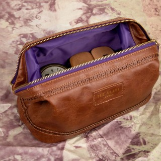 Luxury Shoe Shine Box With Leather Effect Bag